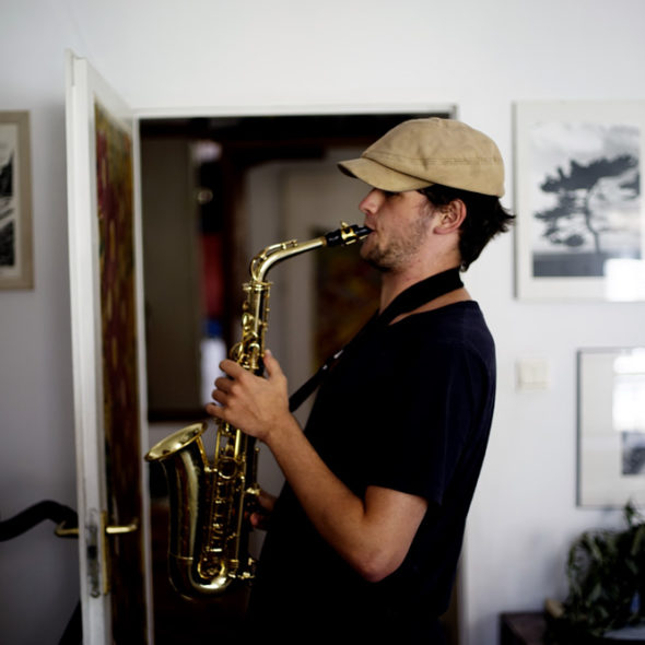 Ludwik is playing the S axophone